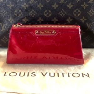 ❤️Louis Vuitton clutch